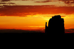 Salida del sol del valle del monumento - mota del este de la manopla imagen de archivo libre de regalías