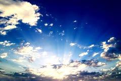 Salida del sol dramática Foto de archivo libre de regalías