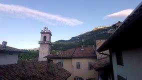 Salida del sol en Borgo Sacco Italia almacen de metraje de vídeo