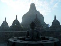 Salida del sol en Borobudur Foto de archivo libre de regalías