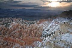 Salida del sol en Bryce Foto de archivo libre de regalías