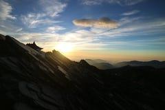 Salida del sol en cumbre de la montaña de Nanhu Foto de archivo libre de regalías