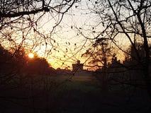 Salida del sol en el castillo de Margam imagen de archivo libre de regalías