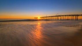 Salida del sol en el embarcadero principal de las quejas en Carolina del Norte Imagen de archivo libre de regalías