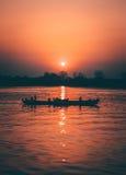 Salida del sol en el Irrawaddy Imágenes de archivo libres de regalías