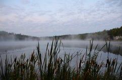 Salida del sol en el lago NYS demon horizontal Imágenes de archivo libres de regalías