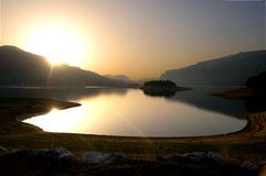 Salida del sol en el lago Rama Fotografía de archivo libre de regalías