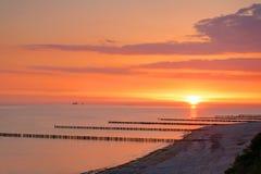 Salida del sol en el mar Báltico Imágenes de archivo libres de regalías