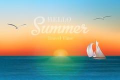 Salida del sol en el mar con un velero y las gaviotas Imagen de archivo libre de regalías