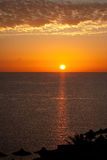 Salida del sol en el Mar Rojo imagenes de archivo