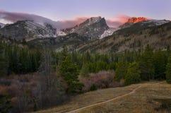 Salida del sol en el parque Colorado de Rocky Mountain National Park Estes Imágenes de archivo libres de regalías