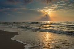Salida del sol en el puerto Aransas Tejas de la playa Fotos de archivo