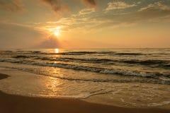 Salida del sol en el puerto Aransas Tejas de la playa Fotografía de archivo