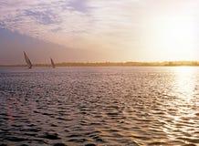 Salida del sol en el río el Nilo Foto de archivo libre de regalías