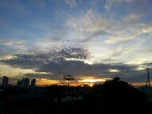 Salida del sol en el tejado en Bangkok Fotografía de archivo libre de regalías