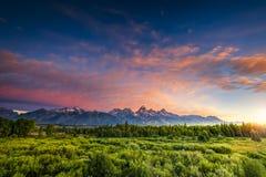 Salida del sol en el Wyoming Tetons Foto de archivo libre de regalías