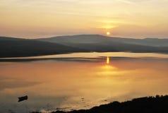 Salida del sol en Irlanda hermosa Imagen de archivo libre de regalías