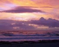 Salida del sol en la playa 1 del cacao Foto de archivo libre de regalías