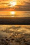 Salida del sol en la playa de Hua-Hin Imagen de archivo libre de regalías