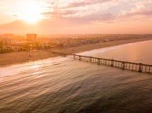Salida del sol en la playa de Venecia en Los Ángeles Imagenes de archivo