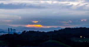 Salida del sol en las nubes Fotos de archivo libres de regalías