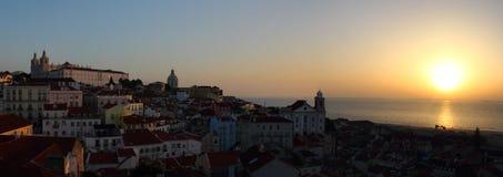 Salida del sol en Lisboa Fotos de archivo libres de regalías