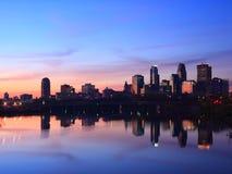 Salida del sol en Minneapolis Fotos de archivo