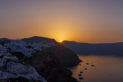Salida del sol en Oia Imagenes de archivo