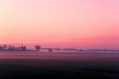 Salida del sol en púrpura Foto de archivo
