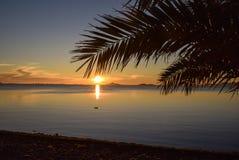 Salida del sol en paraíso fotografía de archivo