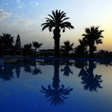 Salida del sol en piscina Imagen de archivo