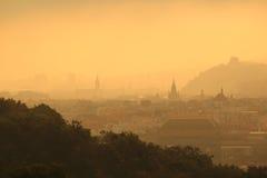 Salida del sol en Praga Fotos de archivo