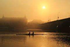 Salida del sol en Praga Imagen de archivo