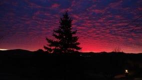 Salida del sol en Prescott Arizona Over Mountain Imagenes de archivo