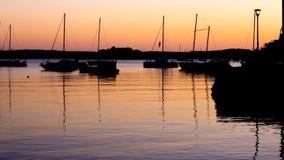 Salida del sol en puerto fotografía de archivo