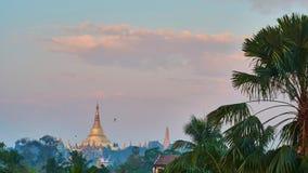 Salida del sol en Rangún, Myanmar metrajes