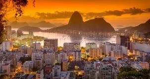 Salida del sol en Rio de Janeiro Imagen de archivo libre de regalías