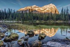 Salida del sol en Rocky Mountains Foto de archivo