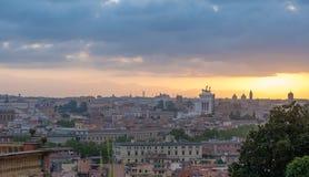 Salida del sol en Roma Foto de archivo libre de regalías