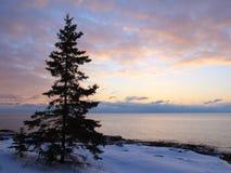 Salida del sol en superior de lago Fotos de archivo