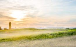 Salida del sol en Toscana Fotos de archivo libres de regalías