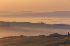Salida del sol en Toscana Imágenes de archivo libres de regalías