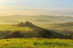 Salida del sol en Toscana Foto de archivo libre de regalías