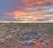 Salida del sol en Uluru Foto de archivo libre de regalías