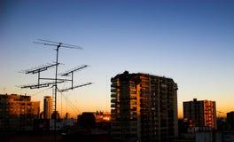 Salida del sol en una ciudad Fotografía de archivo libre de regalías