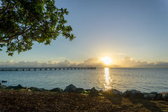 Salida del sol en Wellington Point, cerca de Brisbane, Australia Imagen de archivo libre de regalías