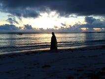 Salida del sol en Zanzibar imagenes de archivo