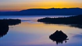 Salida del sol esmeralda de la bahía Imagen de archivo libre de regalías