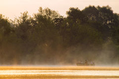 Salida del sol fabulosa en el río Fotografía de archivo