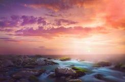 Salida del sol hermosa de la mañana imágenes de archivo libres de regalías